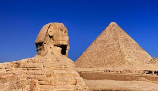 世界七大奇迹排行榜 埃及胡夫金字塔也是最古老的金字塔