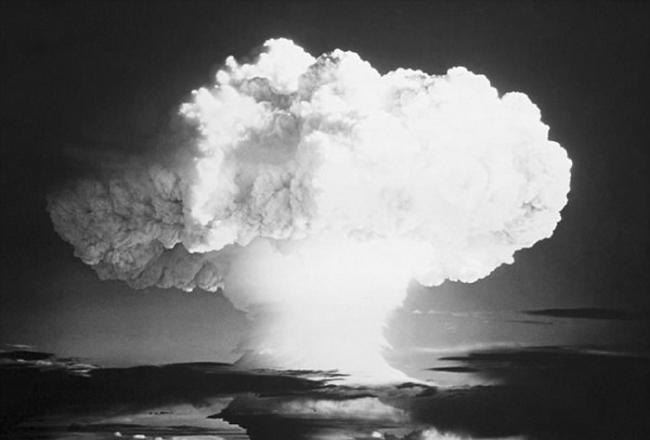 科研人员展示重现过去核试验的原理验证方法