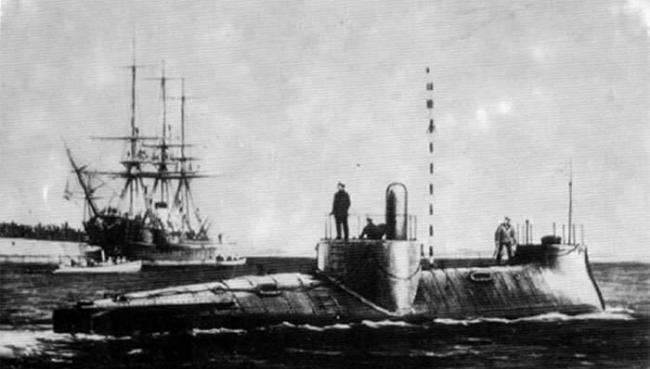 """""""亚历山大洛夫斯基""""号潜艇"""