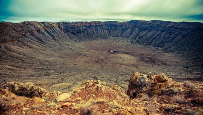 科学家发现地球上最古老的陨石坑实际上是正常地质作用的结果