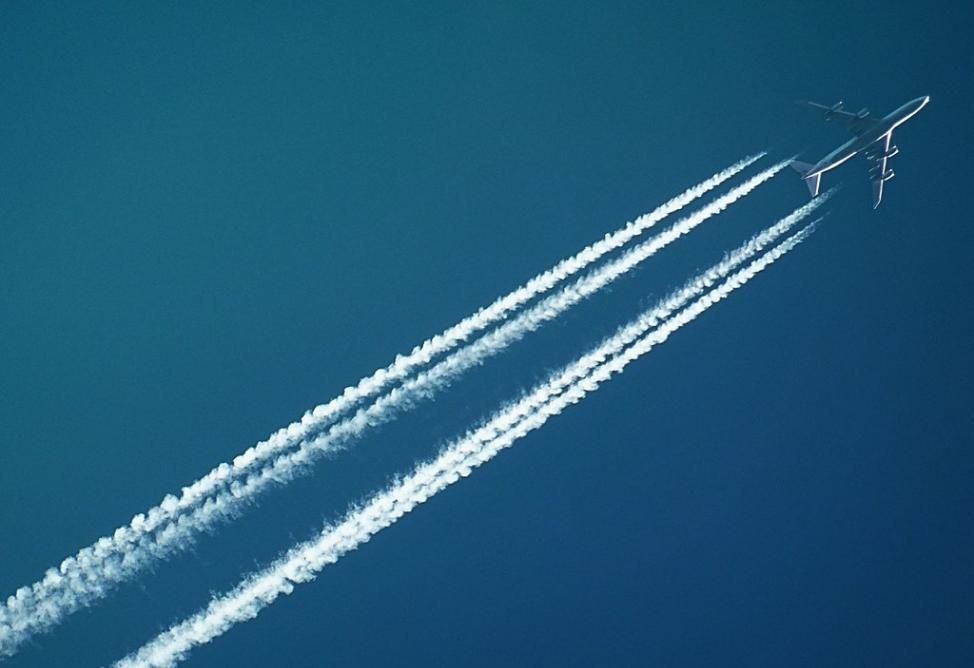 用厨余、油脂和粪肥制造的石蜡可用于生产飞机燃料 大幅减少航空业的温室气体排放