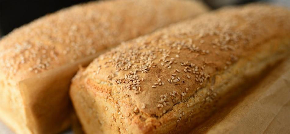 营养学家呼吁减少每日饮食中的面包数量 给健康带来的危害甚至大过糖