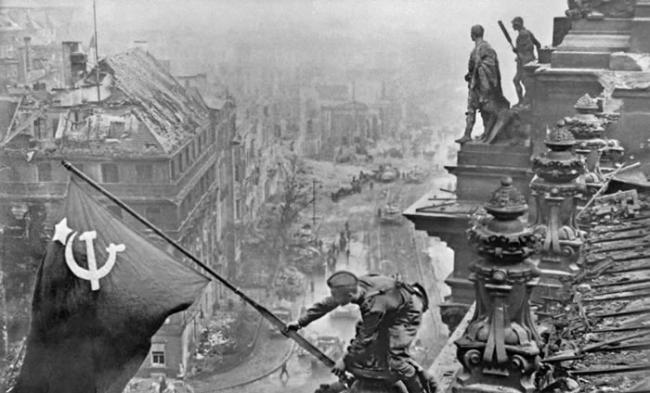 苏军在柏林战役中也付出了巨大代价,约8万名官兵阵亡,受伤人数达到30万。德军百万军团悉数被歼,死亡38万人,约50万人成为苏军的俘虏。. © Sput