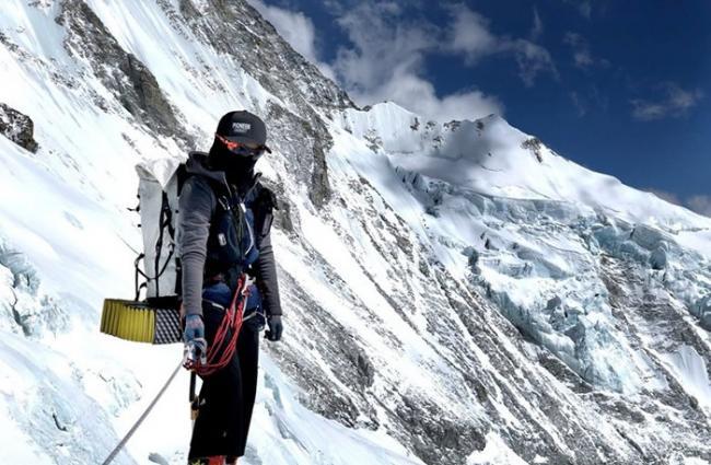 """台湾女登山家詹乔愉成功""""征服""""全球最高峰珠穆朗玛峰 两周内登两座8000米山峰"""
