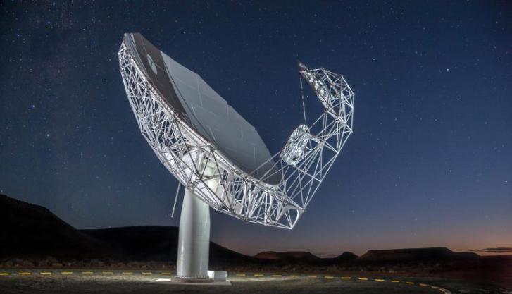 天文学家利用南非的MeerKAT射电望远镜发现8颗位于球状星团中的毫秒脉冲星
